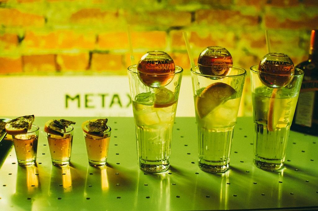 как пить Metaxa
